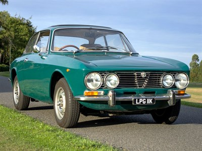 Lot 52-1972 Alfa Romeo 2000 GTV