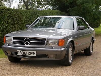 Lot 7-1990 Mercedes-Benz 560 SEC
