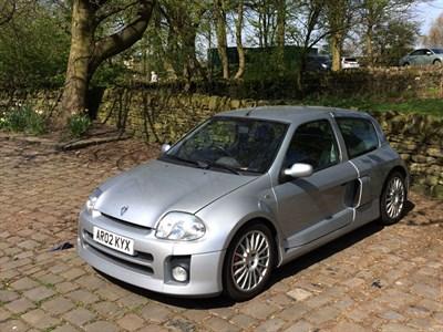 Lot 62-2002 Renault Clio V6