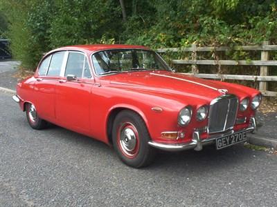 Lot 25-1967 Jaguar 420