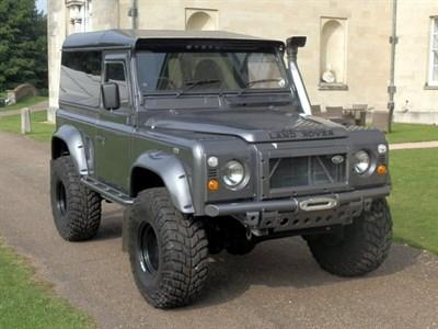 Lot 82-1992 Land Rover Defender 90