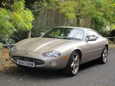 Lot 58-2000 Jaguar XKR