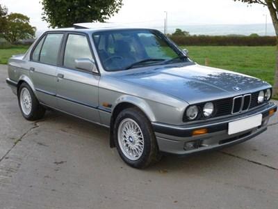 Lot 36-1989 BMW 325i SE