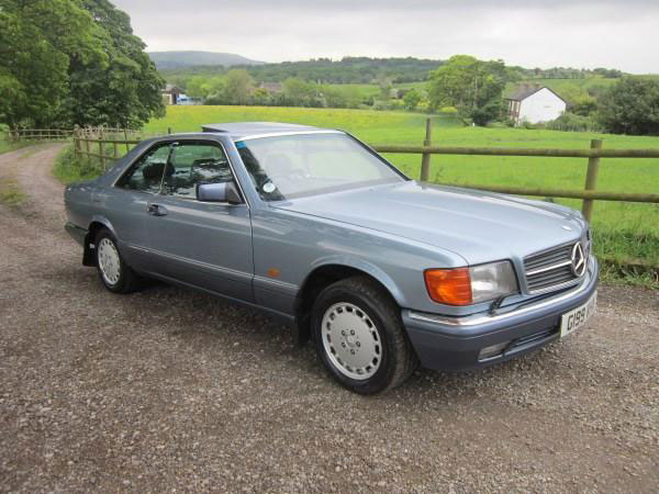 Lot 34-1990 Mercedes-Benz 500 SEC