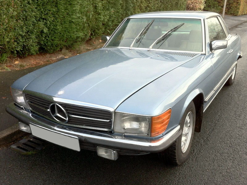 Lot 79-1981 Mercedes-Benz 380 SLC