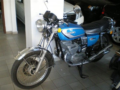 Lot 39-1974 Suzuki GT380