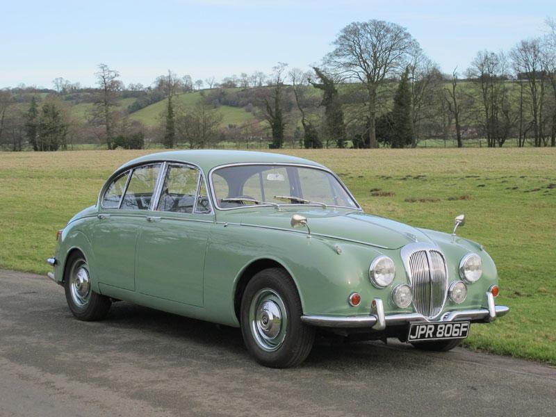 Lot 27-1968 Daimler V8-250