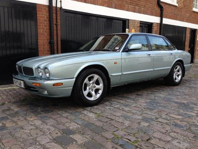 Lot 52 - 2001 Jaguar XJ Sport 3.2