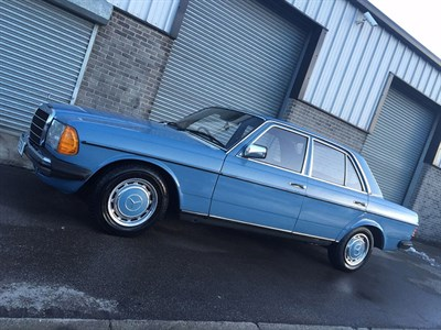 Lot 78 - 1980 Mercedes-Benz 230 Saloon