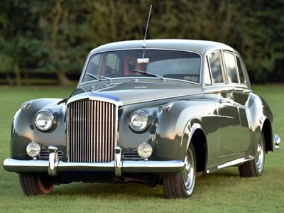 Lot 3-1962 Bentley S2 Saloon