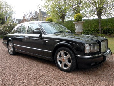 Lot 30-2003 Bentley Arnage R