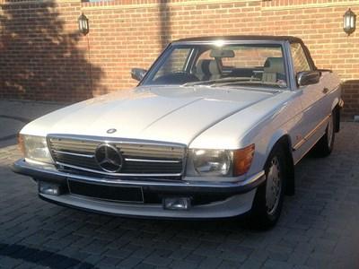 Lot 64-1988 Mercedes-Benz 300 SL