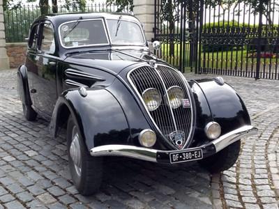 Lot 4-1936 Peugeot 302 Berline Deluxe