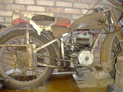 Lot 4-1951 DMW De Luxe