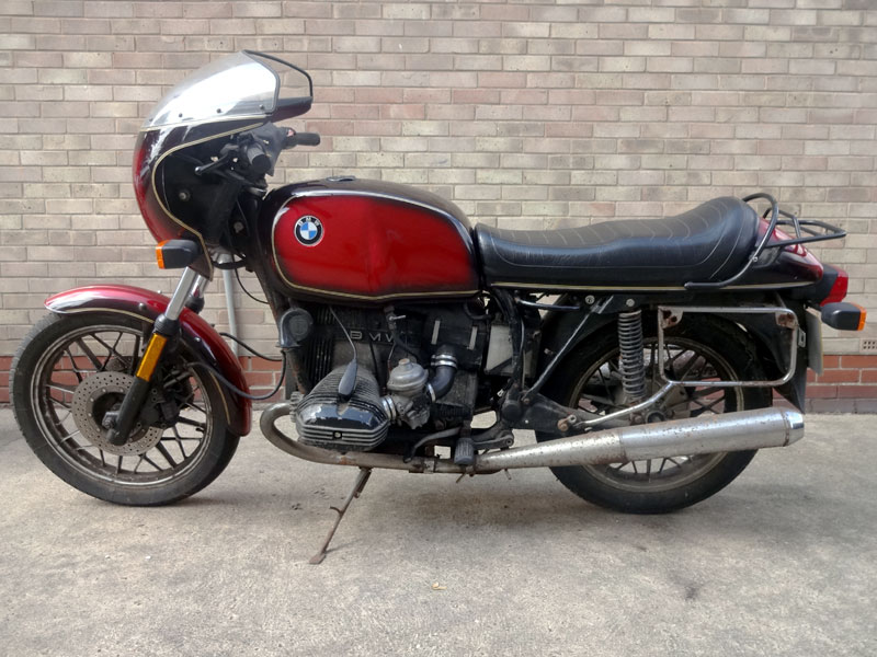 Lot 22-1982 BMW R100CS