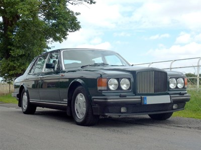 Lot 67-1993 Bentley Brooklands