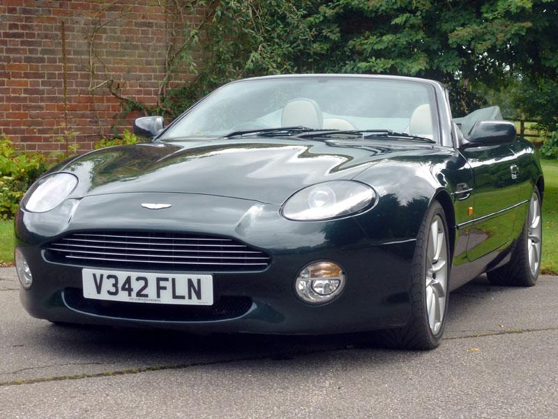 Lot 32-1999 Aston Martin DB7 Vantage Volante