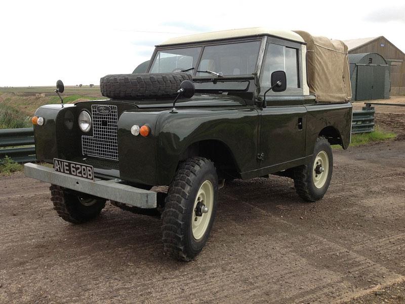 Lot 4-1964 Land Rover 88 Series IIA