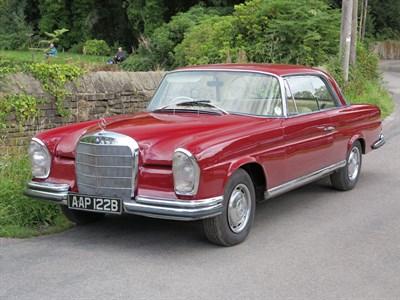 Lot 23 - 1964 Mercedes-Benz 220 SEB Coupe