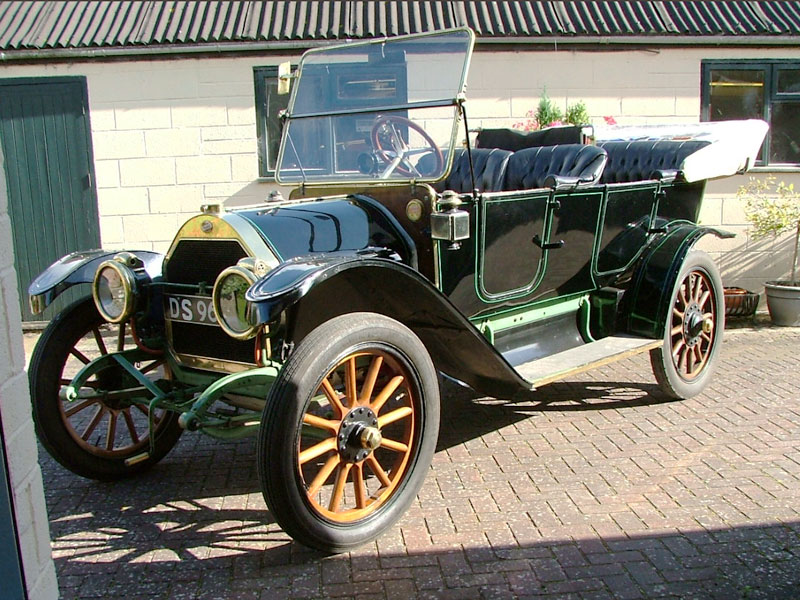 Lot 85-1913 Willys Overland Model 69 Tourer