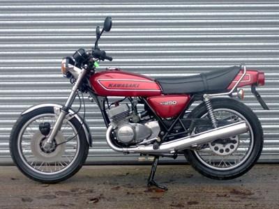 Lot 73-1977 Kawasaki KH250