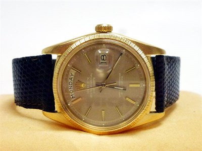 Lot 59-Gentleman's Rolex Day-Date Wristwatch *