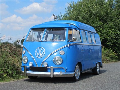 Lot 137-1966 Volkswagen Type 2 Camper Van