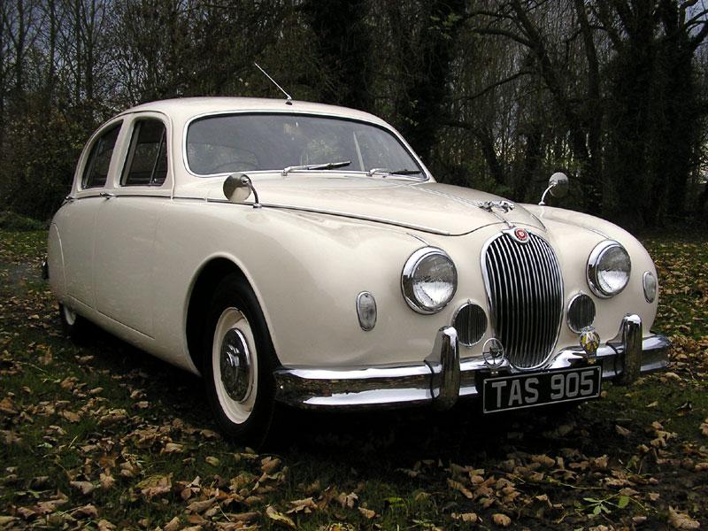 Lot 128 - 1959 Jaguar MK I 2.4 Litre