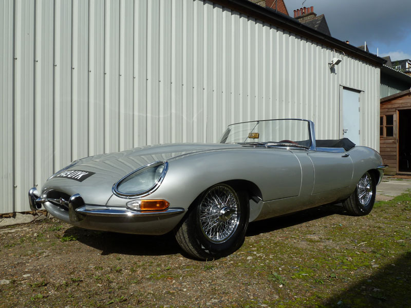 Lot 54-1962 Jaguar E-Type 3.8 Roadster