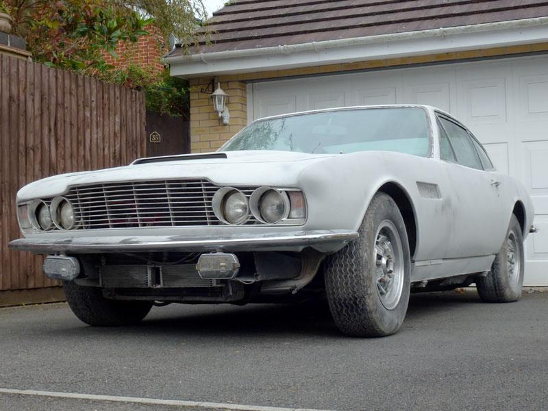 Lot 10-1971 Aston Martin DBS V8