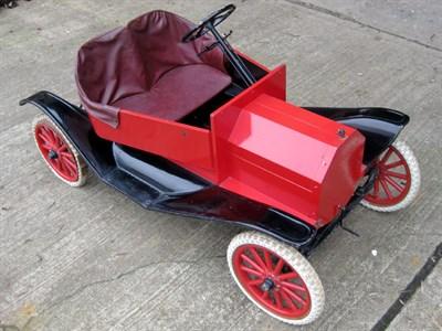 Lot 9-Briggs & Stratton Model T Parade Car