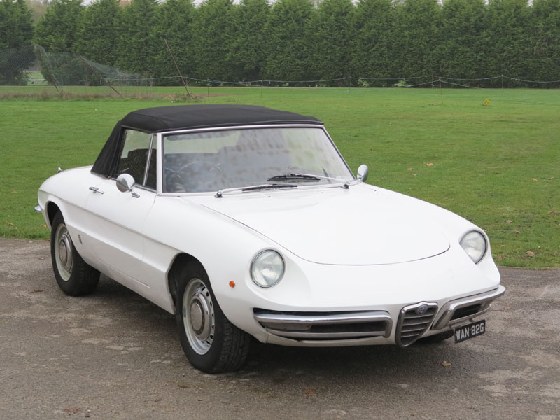 Lot 11-1968 Alfa Romeo 1300 Spider Junior