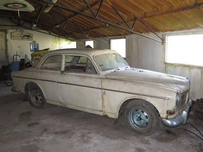 Lot 75-1966 Volvo 122 S