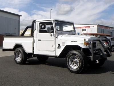 Lot 128-1984 Toyota FJ45 Land Cruiser Pickup