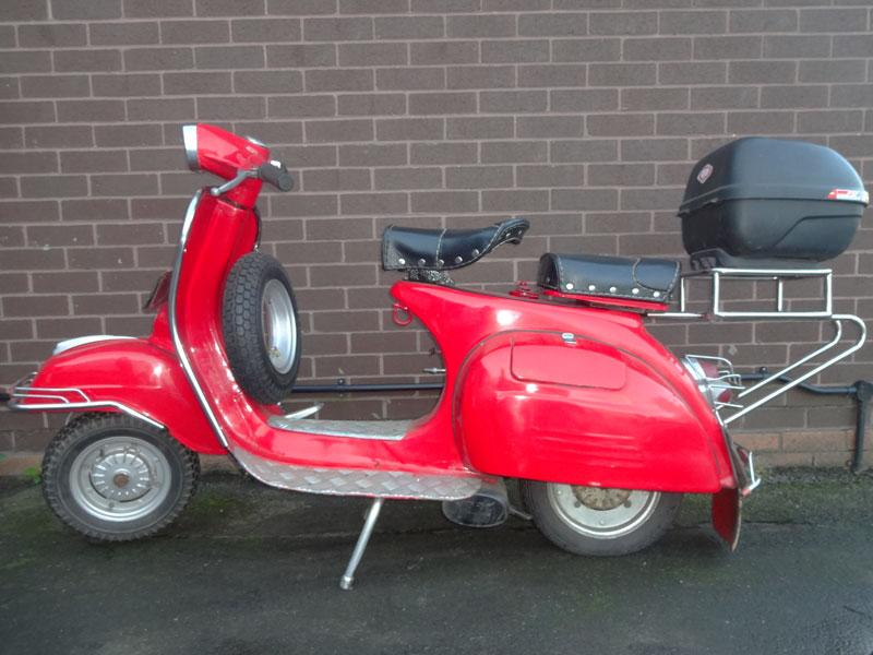 Lot 2-1972 Vespa 150 Super