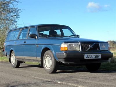 Lot 32-1992 Volvo 240 SE Estate