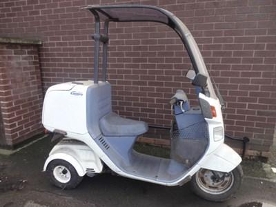 Lot 9-1991 Honda Gyro Canopy