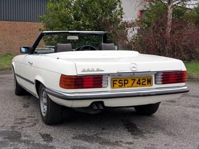 Lot 85-1980 Mercedes-Benz 280 SL