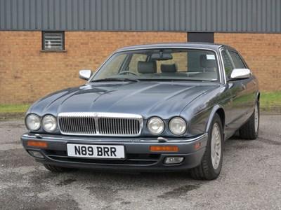 Lot 86-1995 Daimler Six LWB