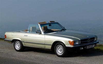 Lot 25-1982 Mercedes-Benz 280 SL