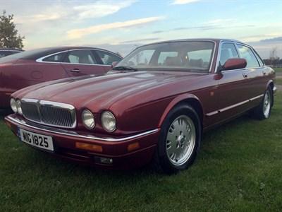 Lot 18-1995 Jaguar Sovereign 4.0