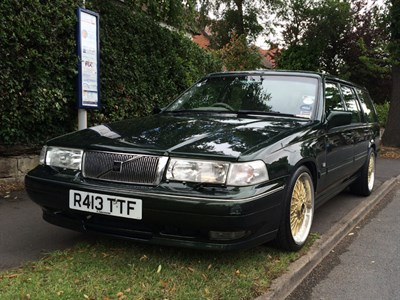 Lot 80-1998 Volvo V90 Luxury Edition