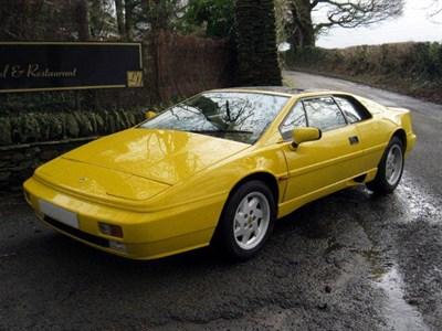 Lot 93-1990 Lotus Esprit Turbo