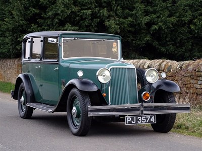 Lot 8 - 1932 Armstrong Siddeley 20hp Coach Saloon