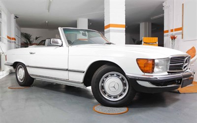 Lot 93-1981 Mercedes-Benz 280 SL