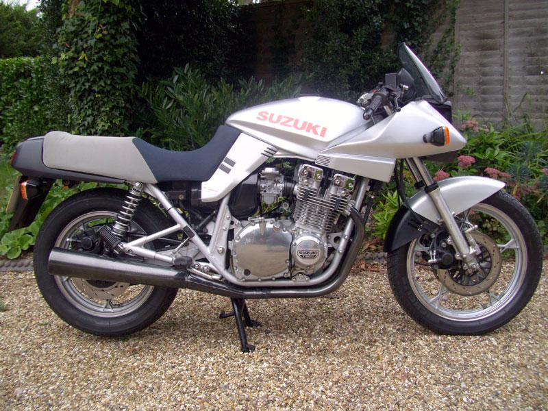 Lot 26-1987 Suzuki GSX 1100 S Katana