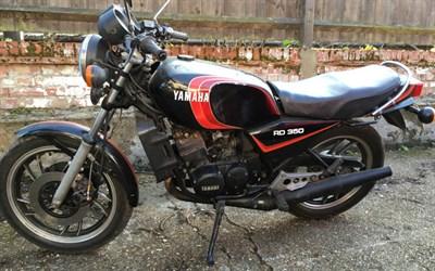 Lot 92-1981 Yamaha RD350 LC
