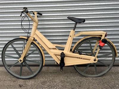 Lot 3 - Itera Plastic Bicycle