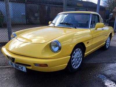 Lot 42-1991 Alfa Romeo Spider 2.0 S4