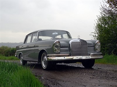 Lot 89-1964 Mercedes-Benz 220 SB Saloon